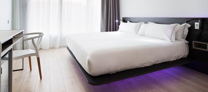 Doble matrimonio air bed Hotel B&B Puerta del Sol