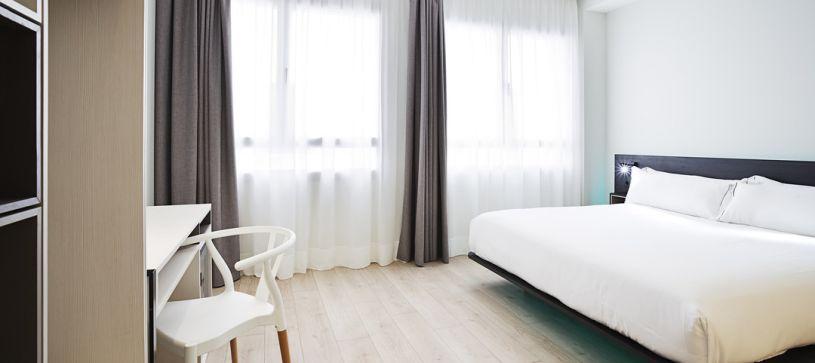 Hbitación doble estandar deluxe Madrid Hotel B&B Puerta del Sol