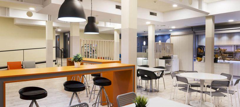 Cafetería del Hotel B&B Valencia Aeropuerto