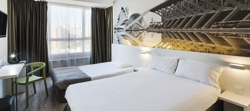 Habitación Familiar Hotel B&B Valencia Ciudad de las Ciencias