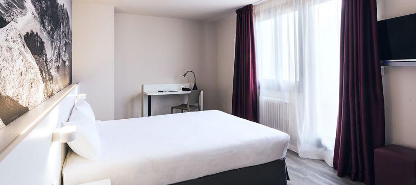 Habitación doble matrimonial con terraza Hotel B&B Vigo