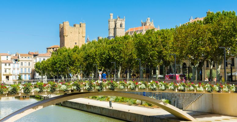View of Narbonne and its cathedral