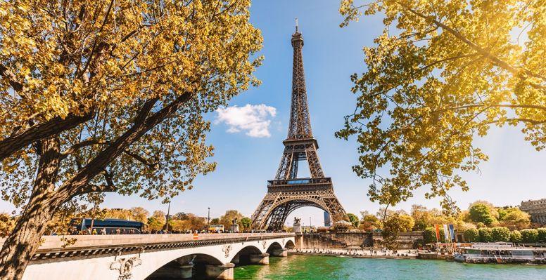 Vue sur la Tour Eiffel de Paris