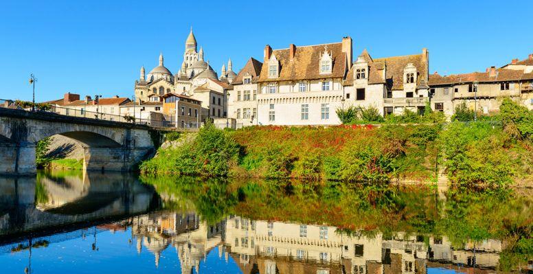 Vue sur la ville historique de Périgueux