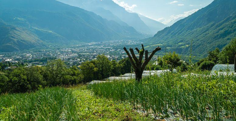 Vue sur les montagnes à Saint-Jean-de-Maurienne
