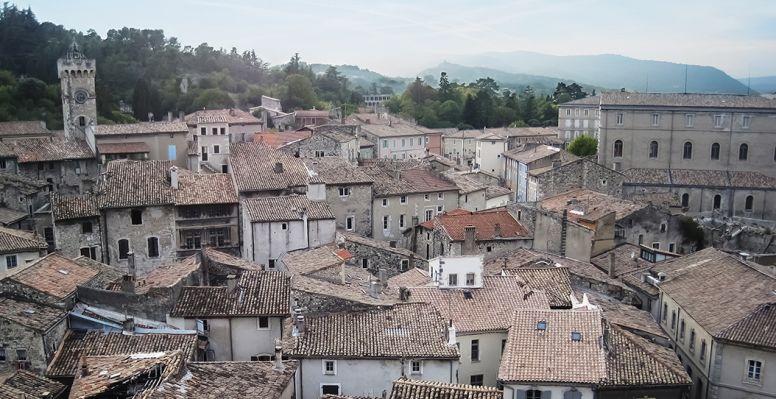 Vue des toits de Montélimar