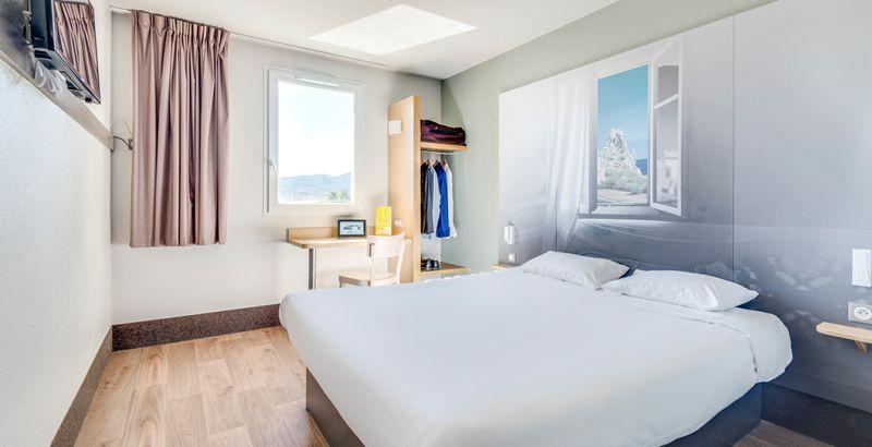 hôtel à brignoles chambre double