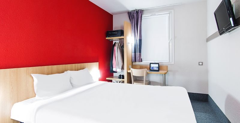 hotel in brive-la-gaillarde double room