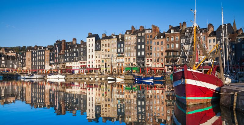 An affordable hotel in Honfleur: book online | B&B HOTELS