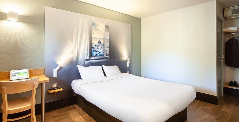 hotel en pontault combault habitación doble