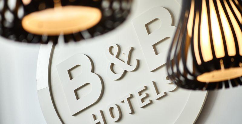 hotel en vierzon hall de entrada