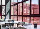Hall y  terraza Hotel B&B Madrid Fuenlabrada