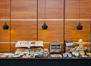 Buffet desayuno Hotel B&B Madrid Aeropuerto T4