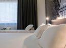Familiar detalle camas Hotel B&B Madrid Aeropuerto T4