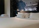 Detalle cama Hotel B&B Madrid Aeropuerto T4