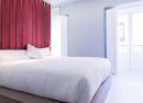 Habitación doble con cabecero cereza Hotel B&B Fuencarral 52