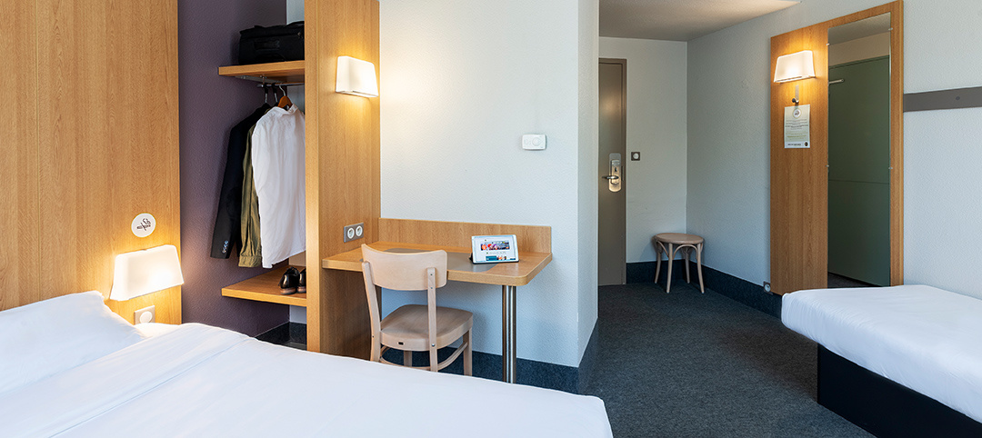 B B Cheap Hotel Cholet Hotel In The City Centre Near Parc Des Moines