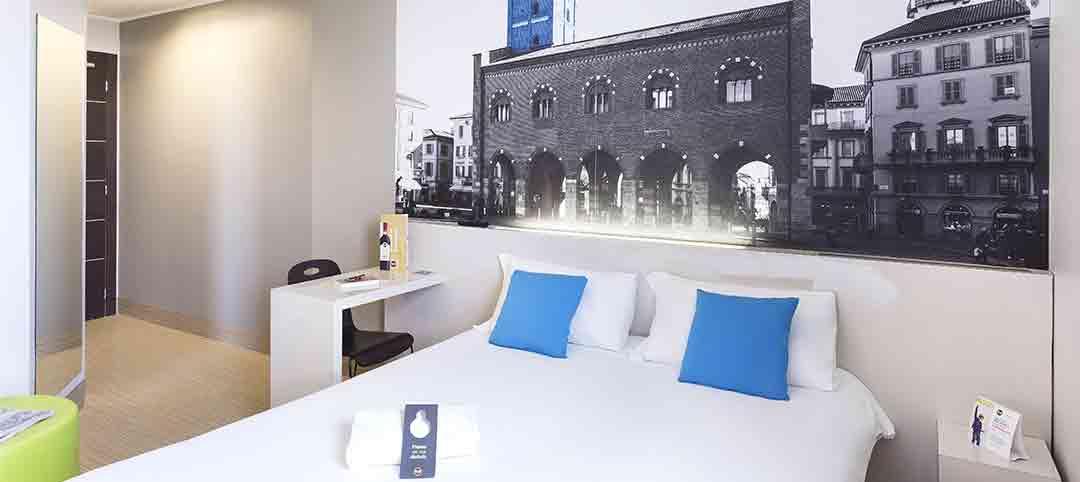 Camera Matrimoniale Usata Lombardia.B B Hotel Milano Monza Close To Highway And Shopping Mall