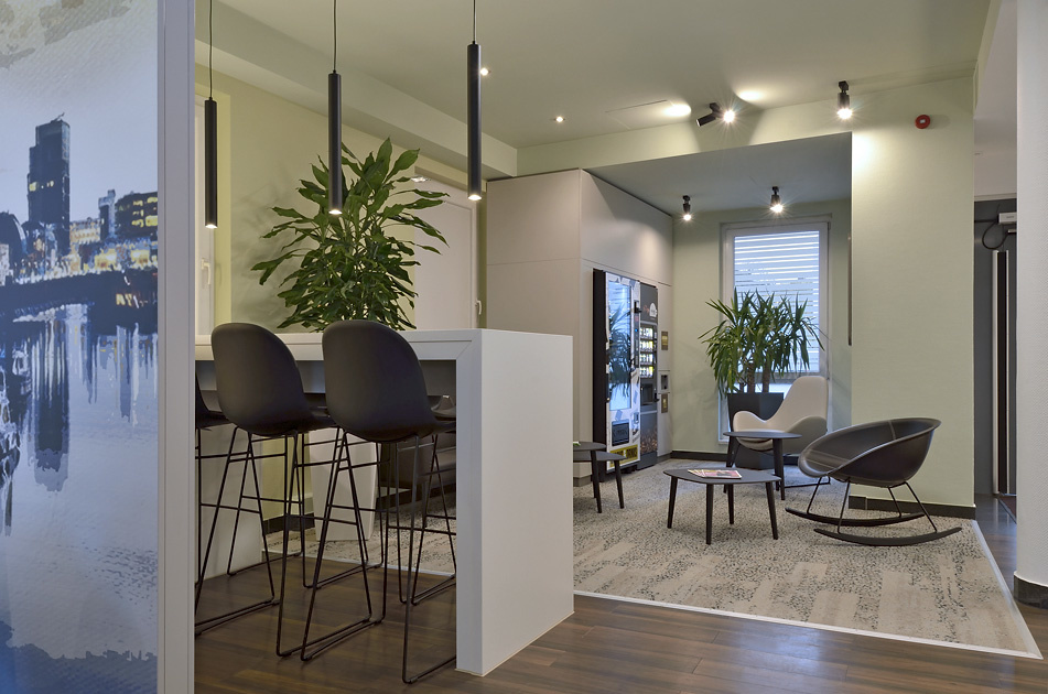 Affordable Hotels In Germany B B Hotel Dusseldorf City Sud