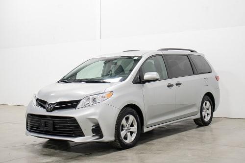 2019 Toyota Sienna CE