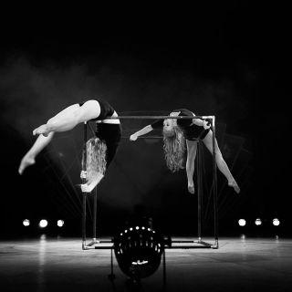 Cube - Dance Acrobatics by Monalaura
