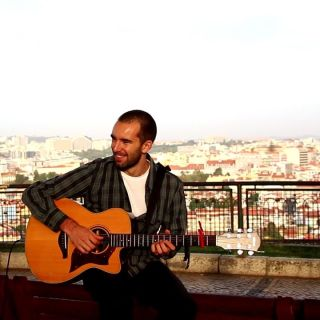 Fingerstyle Guitar Performance by Miguel Mendes