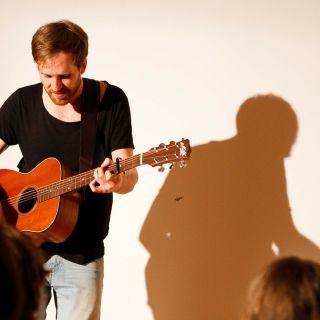 Solo Live Acoustic Music Performance von Torben Tietz