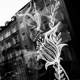 Livemalerei auf Wänden und Fenstern por Katharina Konte Illustration