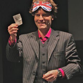 Magic Show (stage) by René