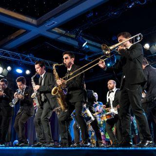 Concerto de Funk von Funk You Brass Band
