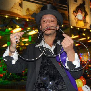 Zaubershow für Hochzeiten und Events von Zauberer David