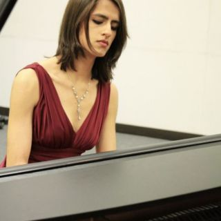 Piano for your wedding or company event von Holly Ann Shirra