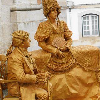 Living Statues - Marie Antoinette & Louis XVI por Selway Statuesque