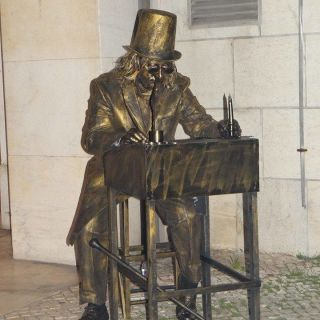 Living Statues - Ebenezer Scrooge by Selway Statues