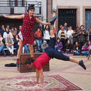 """Historias de u Baúl""- Circus Suitcase Stories by Trotamundos circus company"