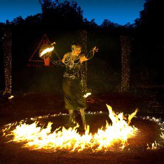 Feuershow GoldRausch-Ein fulminanter Feuertanz von In Love with Fire