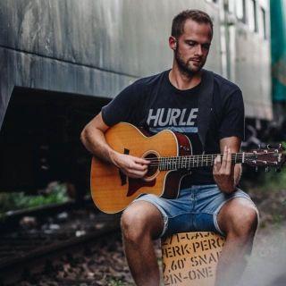 Aaron Rosenfelder  profile picture