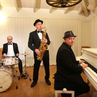 Hot-Jazz-Revival Swingtrio profile picture
