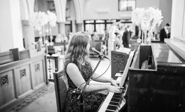 Freie Rednerin Sangerin Hochzeitssangerin Franziska Augustin