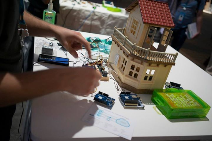 House z23biw Internet of Things at the Dreamforce 2014 Developer Zone – a Retrospective