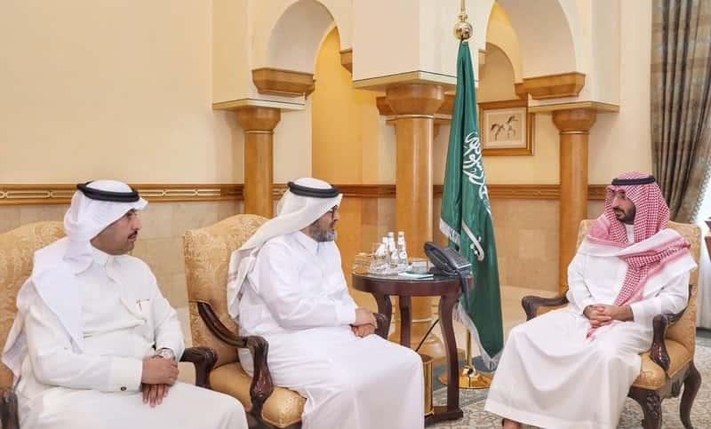 أمير مكة بالنيابة يطلع على خطط الجمعيات التعاونية بالمنطقة