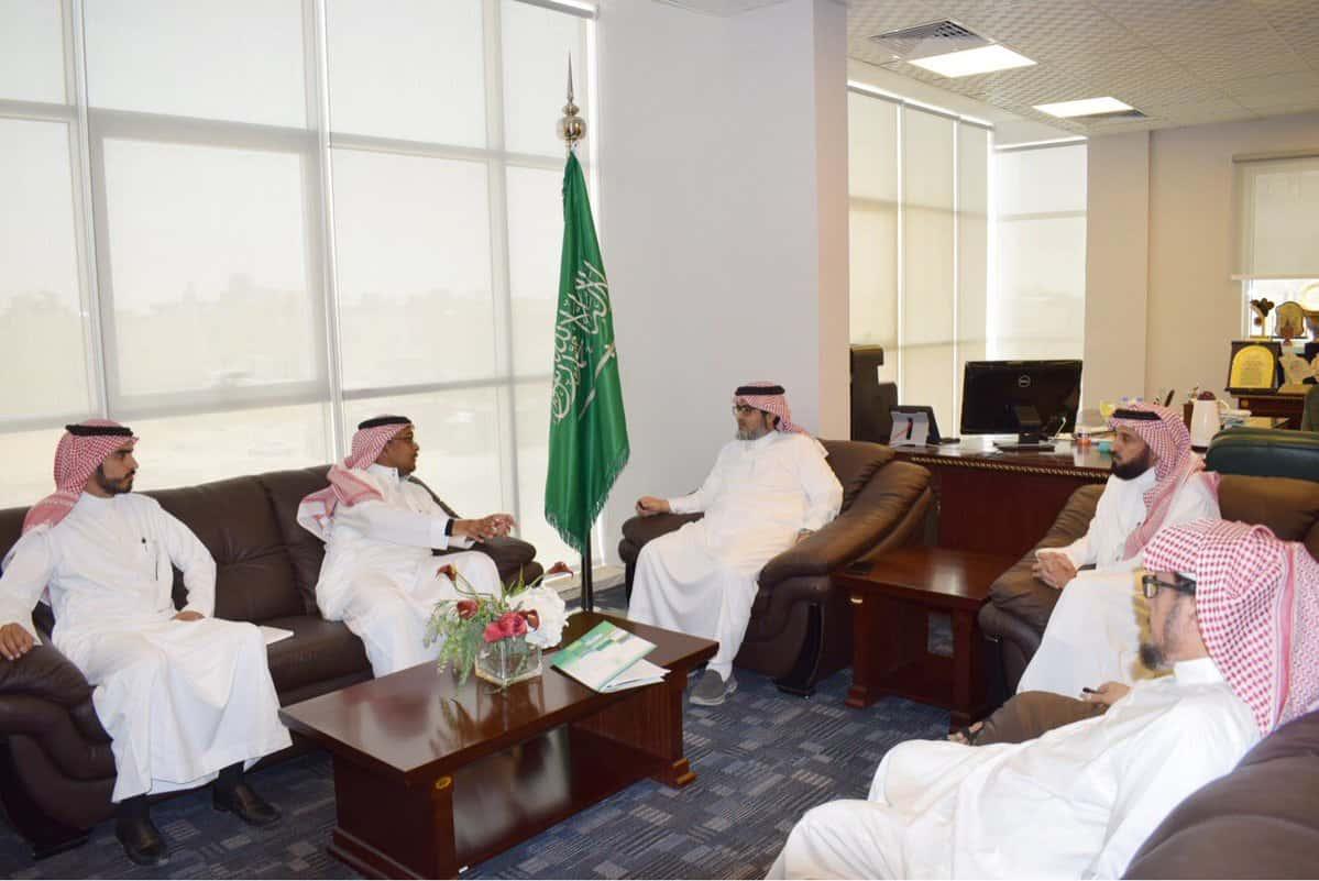 رئيس المجلس وأمين المال يلتقون بمنسوبي الهيئة العامة للمنشآت الصغيرة والمتوسطة