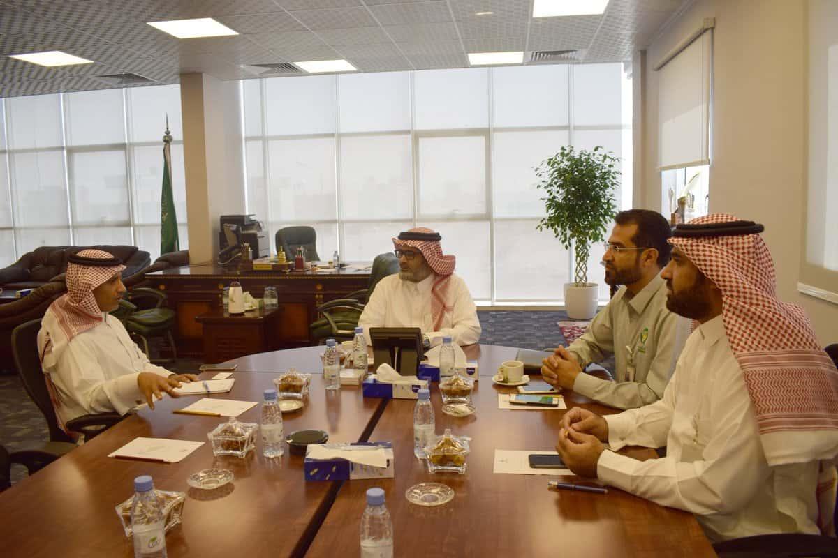 """رئيس المجلس يلتقي بمدبر تطوير الأعمال في """"سابك"""""""