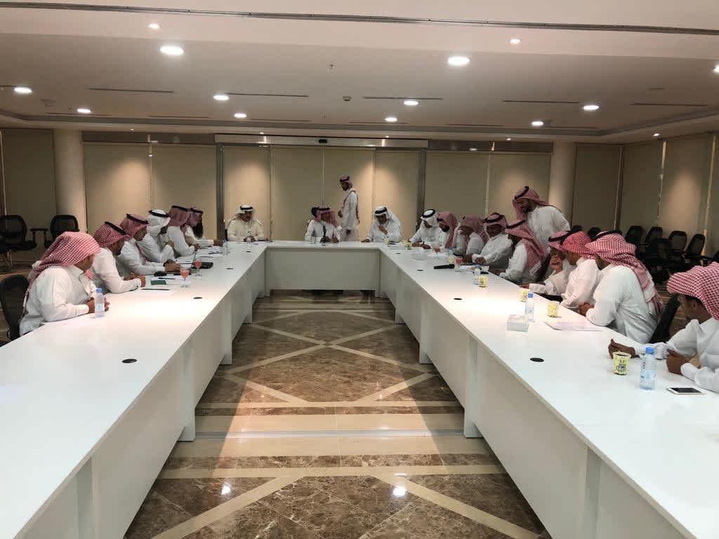 """وكيل وزارة """"البيئة"""" للثروة الحيوانية يلتقي بمسؤولي المجلس وعدد من مربي المواشي"""