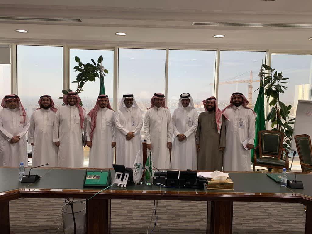 وزير الإسكان يستقبل رئيس وأعضاء مجلس إدارة مجلس الجمعيات التعاونية