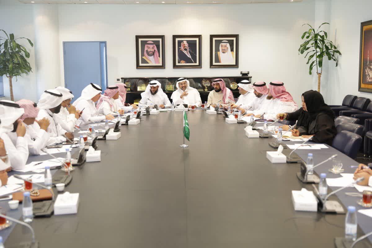 لقاء اللجنة التنفيذية لمشروع صياد بمشايخ الصيادين بنطقة مكة المكرمة