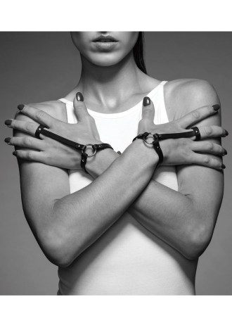 Bijoux Indiscrets Maze Hand Bracelet Harness