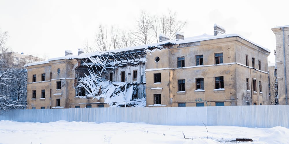Demolition of the building built after WWII by captive German soldiers