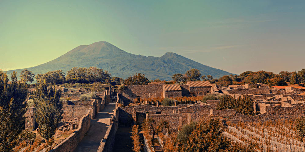 Pompeii was destroyed within 25 hours