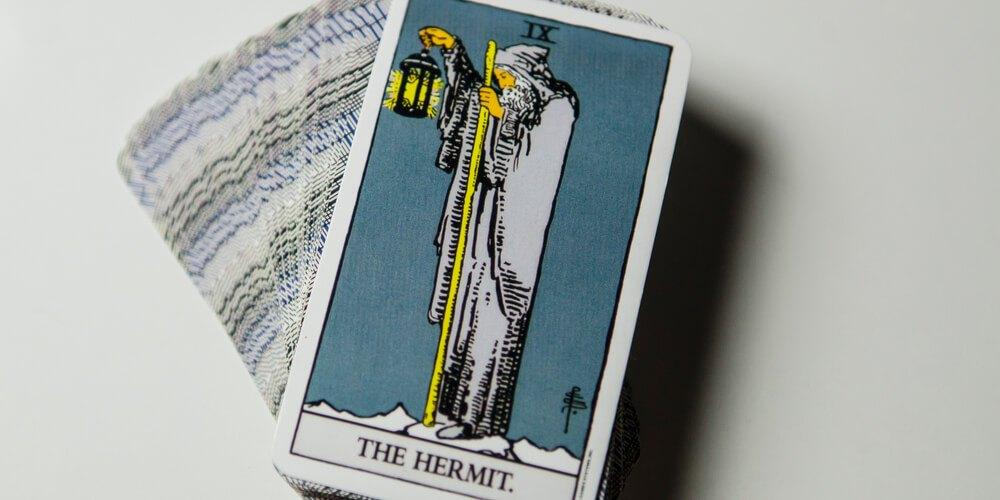 tarot-hermit